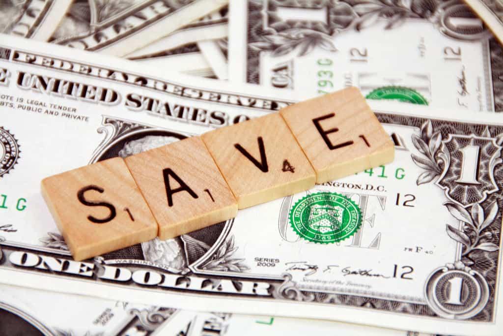 3 Easy Ways to Save Money on Everyday Expenses