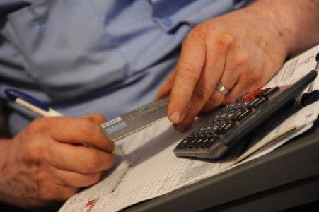 Credit Card Paying Plubmer