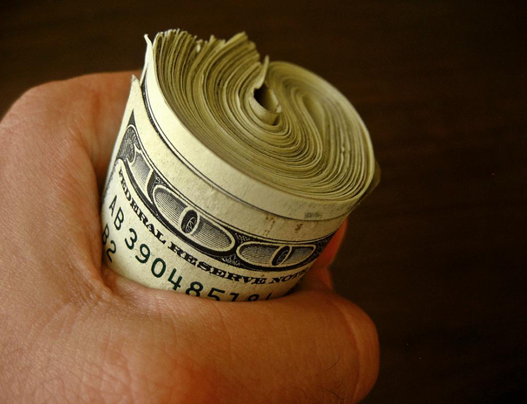 4 Uncommon Ways to Start Saving Money this Year