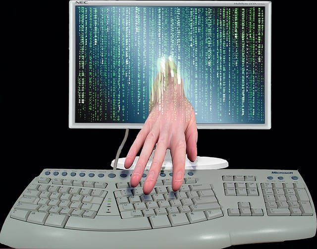 10 Identity Theft Tips For Smart People