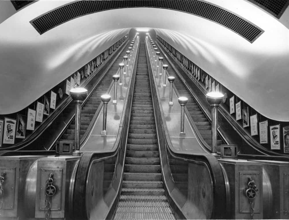 black and white underground tube london
