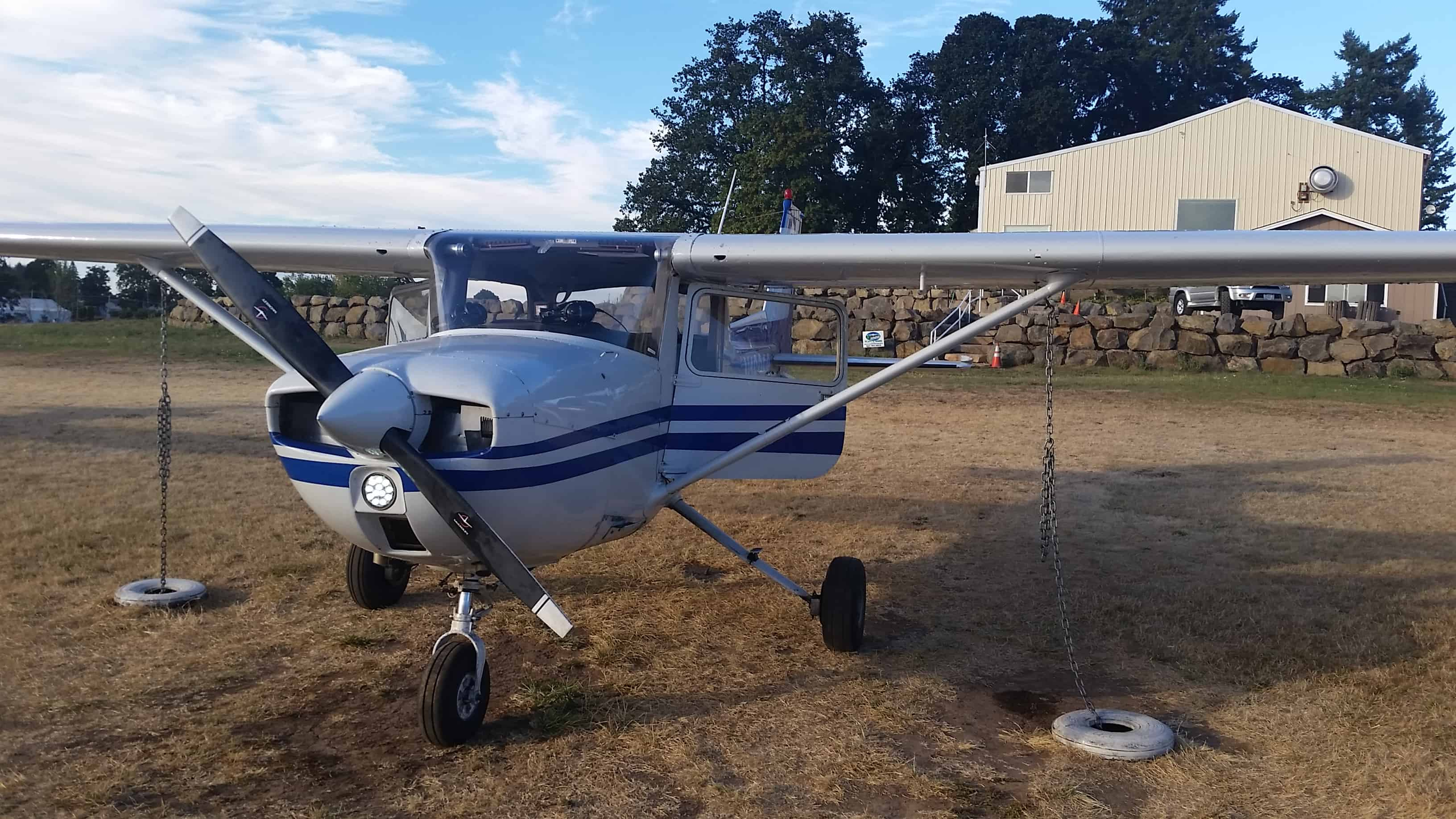 Cessna 150 at Twin Oaks Airpark